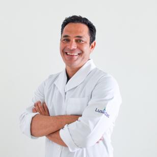 Dr. Miguel Plácido