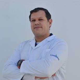 Dr. André Roberto Villarreal  Taiiuli