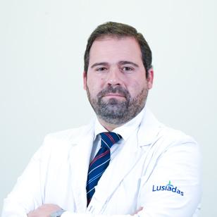Dr. André Santos Luís