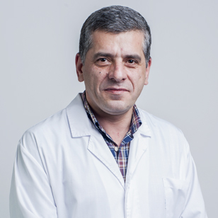Dr. Alexandre Mendes